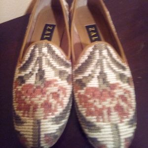 Zolo size8 loafers